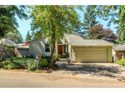 Photo of 13448 BARCLAY HILLS DR, Oregon City, OR 97045 (MLS # 17328248)