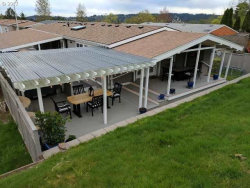 Photo of 14910 S BROOKFIELD DR, Oregon City, OR 97045 (MLS # 17341032)