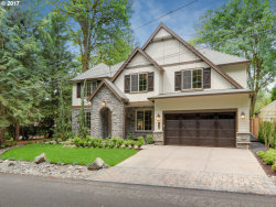 Photo of 420 SW PALATINE HILL RD, Portland, OR 97219 (MLS # 17352818)