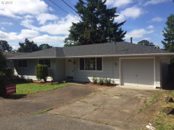 Photo of 17917 OATFIELD RD, Gladstone, OR 97027 (MLS # 17353778)