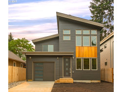 Photo of 5846 SE INSLEY ST, Portland, OR 97206 (MLS # 17378171)