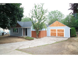 Photo of 9850 SE 42ND AVE, Milwaukie, OR 97222 (MLS # 17381621)