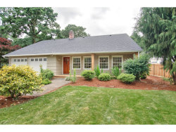 Photo of 16005 INVERURIE RD, Lake Oswego, OR 97035 (MLS # 17430529)