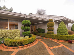 Photo of 7197 SW LAKE BLUFF CT, Wilsonville, OR 97070 (MLS # 17436181)