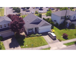 Photo of 420 MUIRFIELD LN, Woodburn, OR 97071 (MLS # 17444634)