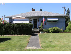 Photo of 410 W BERKELEY ST, Gladstone, OR 97027 (MLS # 17453232)
