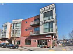 Photo of 838 SE 38TH AVE , Unit 207, Portland, OR 97214 (MLS # 17468744)