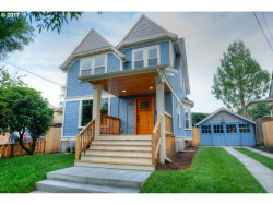Photo of 214 SE 30TH PL, Portland, OR 97214 (MLS # 17472514)