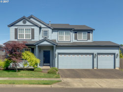 Photo of 2138 N LAURELWOOD ST, Canby, OR 97013 (MLS # 17481992)