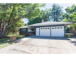 Photo of 9736 SE 44TH AVE, Milwaukie, OR 97222 (MLS # 17482315)