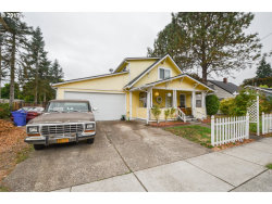 Photo of 320 W GLOUCESTER ST, Gladstone, OR 97027 (MLS # 17485114)