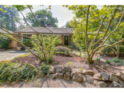 Photo of 820 LAKE FOREST DR, Lake Oswego, OR 97034 (MLS # 17495861)