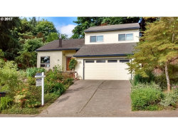 Photo of 2200 WILLAMETTE VIEW CT, West Linn, OR 97068 (MLS # 17501210)