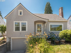 Photo of 7425 SE 22ND AVE, Portland, OR 97202 (MLS # 17502561)