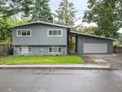 Photo of 17420 CROWNVIEW DR, Gladstone, OR 97027 (MLS # 17515806)