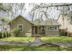 Photo of 230 W HEREFORD ST, Gladstone, OR 97027 (MLS # 17518126)