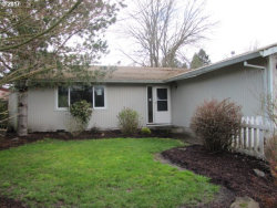 Photo of 13160 LAKEWOOD DR, Aurora, OR 97002 (MLS # 17533080)