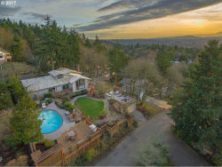 Photo of 2383 PALISADES CREST DR, Lake Oswego, OR 97034 (MLS # 17550742)