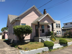 Photo of 5233 SE FRANCIS ST, Portland, OR 97206 (MLS # 17559198)