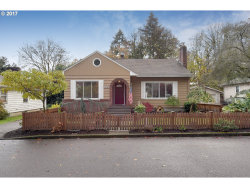 Photo of 1524 HOLLY ST, West Linn, OR 97068 (MLS # 17561720)