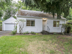 Photo of 5927 NE 52ND AVE, Portland, OR 97218 (MLS # 17563584)