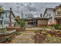 Photo of 3936 NE COUCH ST, Portland, OR 97232 (MLS # 17568217)