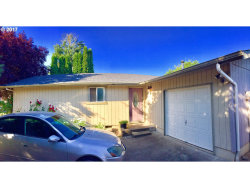 Photo of 350 OLIVE AVE, Woodburn, OR 97071 (MLS # 17599141)