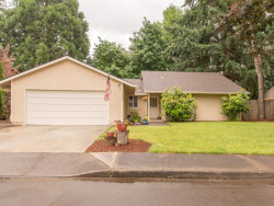 Photo of 11369 SW LAKEWOOD CT, Tigard, OR 97223 (MLS # 17602955)