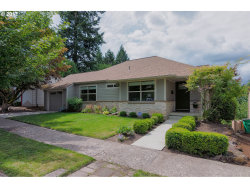 Photo of 7847 SW 11TH AVE, Portland, OR 97219 (MLS # 17621244)