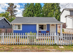 Photo of 8821 SE 29TH AVE, Milwaukie, OR 97222 (MLS # 17630718)