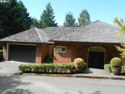 Photo of 2310 SW CHELMSFORD AVE, Portland, OR 97201 (MLS # 17643925)