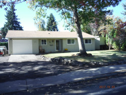 Photo of 1325 N IVY ST, Canby, OR 97013 (MLS # 17663356)
