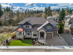 Photo of 19481 LORNA LN, Lake Oswego, OR 97035 (MLS # 17672569)