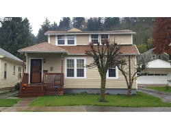 Photo of 116 CENTER ST, Oregon City, OR 97045 (MLS # 17689495)