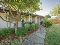 Photo of 1415 SE 159TH AVE, Portland, OR 97233 (MLS # 17691944)