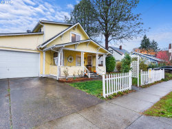 Photo of 320 W GLOUCESTER ST, Gladstone, OR 97027 (MLS # 17694574)