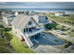 Photo of 93890 PEBBLE PL, Gold Beach, OR 97444 (MLS # 18015206)