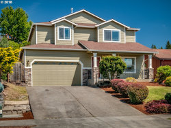 Photo of 5026 SE 140TH AVE, Portland, OR 97236 (MLS # 18020972)