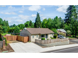 Photo of 11345 SW WALNUT ST, Tigard, OR 97223 (MLS # 18024842)