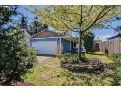 Photo of 6529 SE 94TH AVE, Portland, OR 97266 (MLS # 18025368)