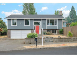 Photo of 20480 SW 86TH AVE, Tualatin, OR 97062 (MLS # 18025898)