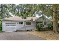 Photo of 3450 SW 86TH AVE, Portland, OR 97225 (MLS # 18033480)