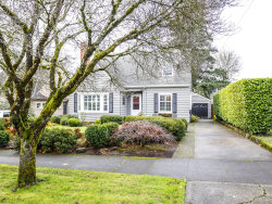 Photo of 7027 SE 35TH AVE, Portland, OR 97202 (MLS # 18039145)