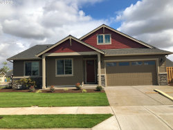 Photo of 1324 Sunflower ST, Woodburn, OR 97071 (MLS # 18046587)