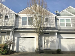 Photo of 722 BARTON AVE, Gladstone, OR 97027 (MLS # 18048671)
