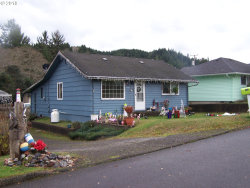 Photo of 1936 BIRCH AVE, Reedsport, OR 97467 (MLS # 18065711)