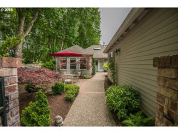 Photo of 7208 SW LAKE CT, Wilsonville, OR 97070 (MLS # 18073468)