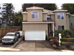 Photo of 13350 SW DOE LN, Tigard, OR 97223 (MLS # 18090425)