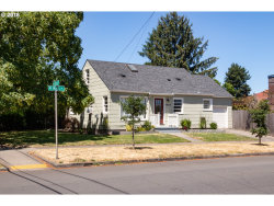 Photo of 7405 N WALL AVE, Portland, OR 97203 (MLS # 18102498)