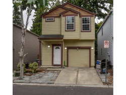 Photo of 642 SE SHEGA CT, Hillsboro, OR 97123 (MLS # 18105181)